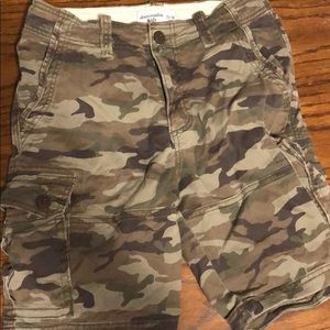 Boys Abercrombie camo cargo shorts